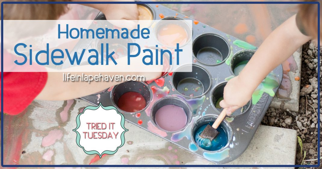 Tried It Tuesday - Homemade SIdewalk Paint. This easy DIY homemade sidewalk chalk paint is a great way to get your kids outside and creating some adorable masterpieces. Made with ingredients you already have in your cabinet!