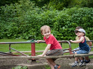 Life in Lape Haven: How to Take Better Pictures of Your Kids, Part 1. Simple tips and advice for taking better photos of your children, no matter what kind of camera you use.