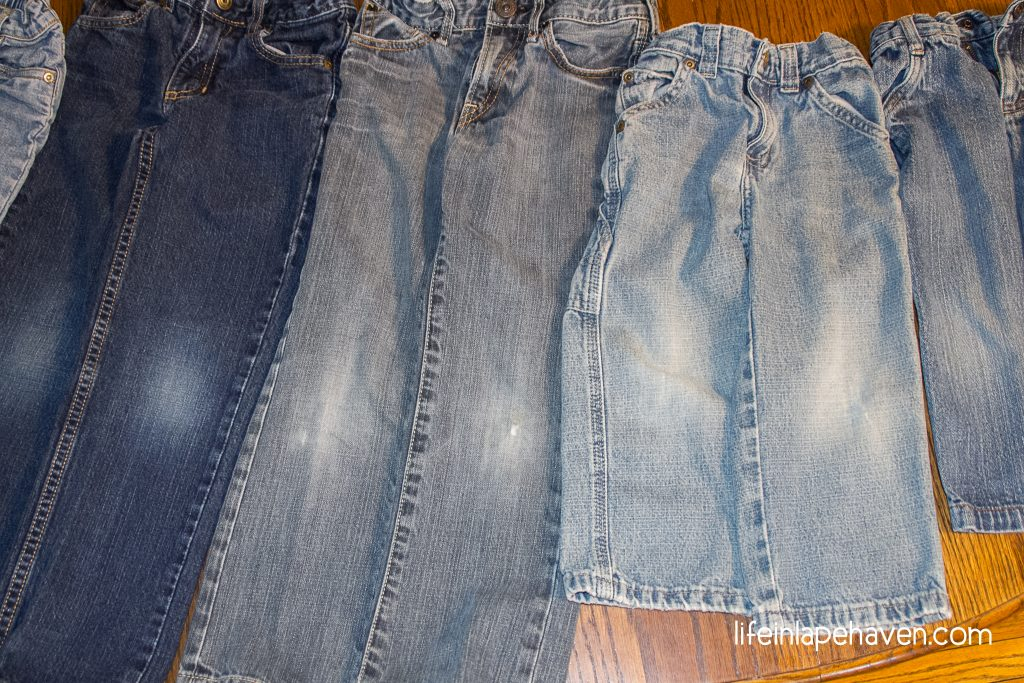 Life in Lape Haven: Tried It Tuesday - How to Get Grass Stains Out of Clothes. Two active little boys and spring mean that grass stains are showing up on lots of the clothes in my laundry. I have found a fairly easy way to get grass stains out of their jeans and clothing, without soaking the grass stained garments for hours.